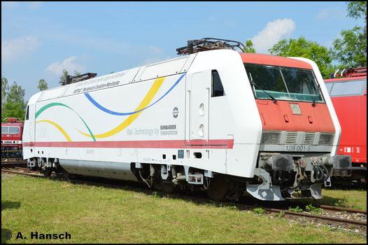 Von der BR 128 existiert nur der Prototyp 128 001-5. Sie ist in Weimar beheimatet, wo ich sie am 28. Mai 2016 fotografieren konnte