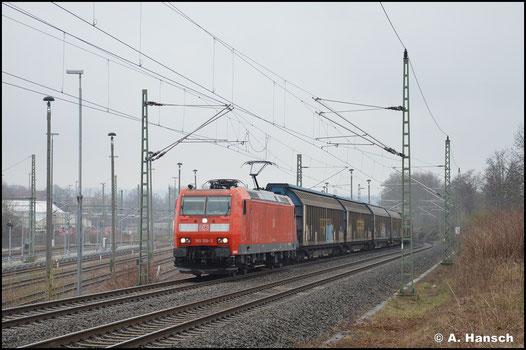 185 158-3 erklimmt am 10. April 2021 mit dem GAG 60074 (Zwickau - Braunschweig) die Steigung am ehem. Abzweig Furth in Chemnitz Richtung Riesa