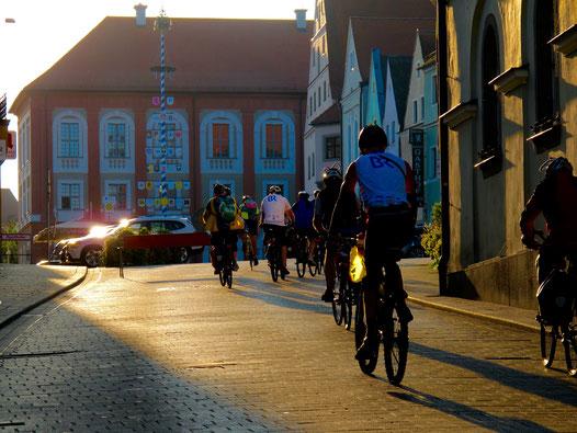 die wareme Morgensonne versprach einen guten Radl-Tag