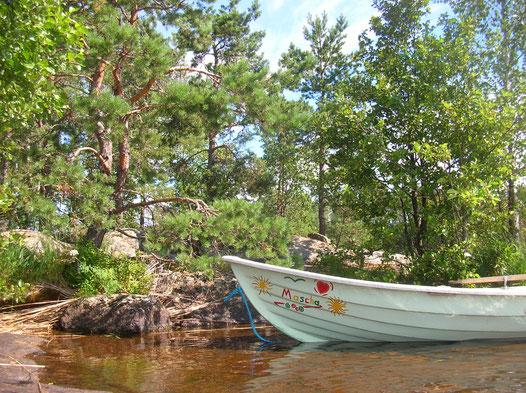 Bild Finnland Bott mit Aufschrift Mascha
