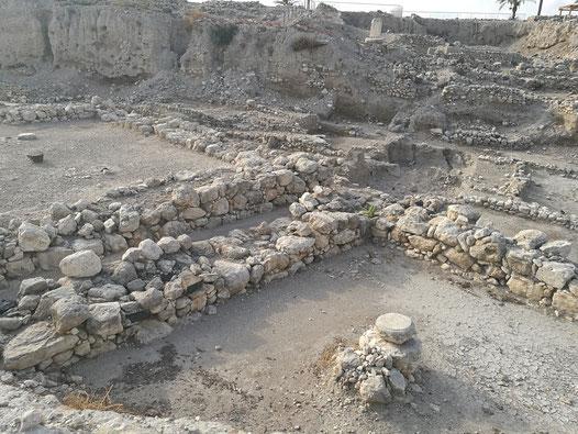 Раскопки большой траншеи в Мегидо
