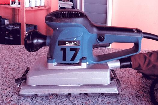 Schleifmaschine, Hausbau, Renovierung, Tiny Living, Holzanstrich