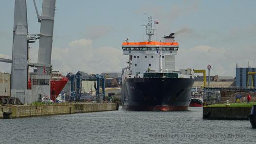 M/V Arrow, M/V Leili's sister ship pictured when leaving Saint-Malo.