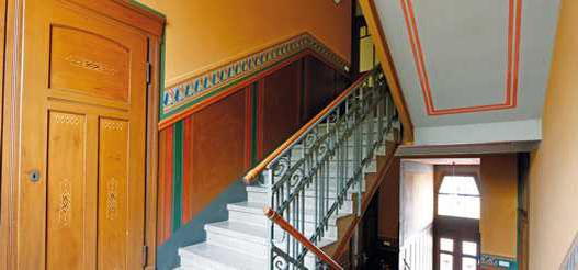 Schlachthofstr. 13, Treppenhaus nach der Sanierung