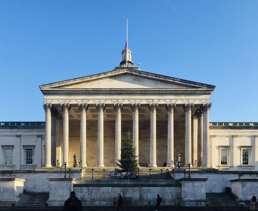 Wilkins Building。キャンパスの中央に位置し、UCLを象徴する建物。