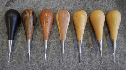 Exemple d'alêne de maroquinerie