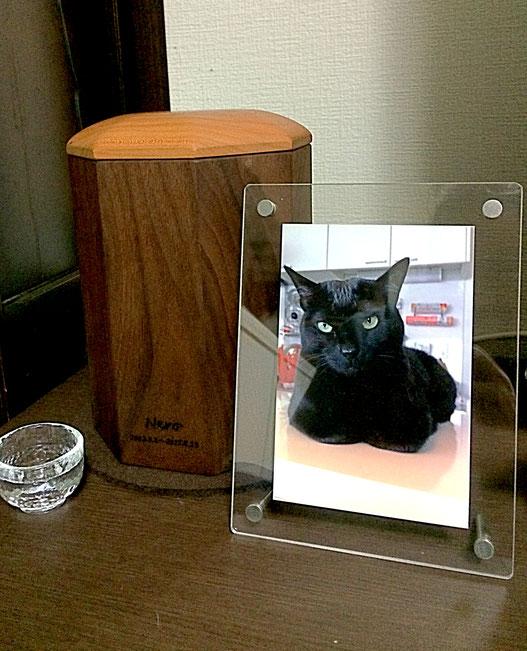 愛猫のための骨壺ケース(横浜市・F様邸)