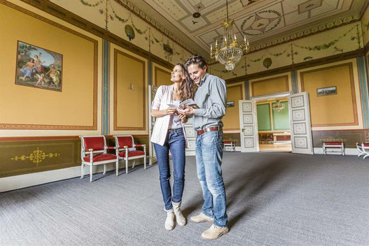 Willkommen im Schloss - für die zahlreichen Gäste der Villa Ludwigshöhe bleibt die Sommeresidenz König Ludwigs I. für über zwei Jahre geschlossen.