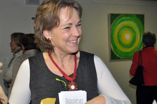 Gehversuch lautete der Titel der ersten Vernissage von UKo - Ursula Konder - im Usinger Krankenhaus.
