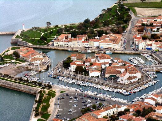 Le port de St Martin de Ré