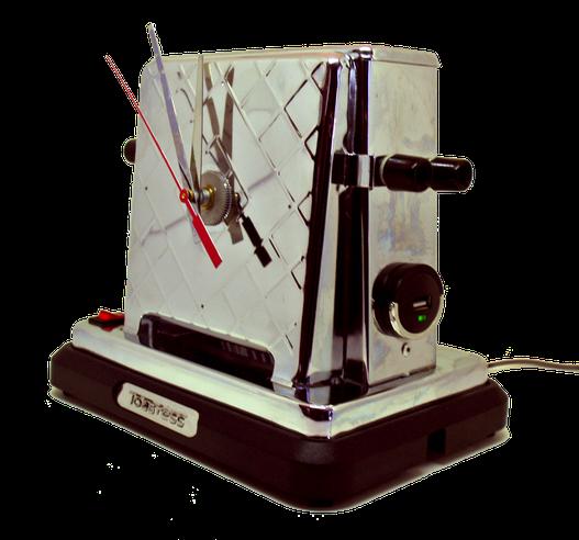 Lampe-horloge upcycling fabriquée à partir d'un ancien grille-pain rétro