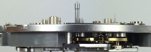 LEMANIA 5100 MOVEMENT SIDE - VIEW