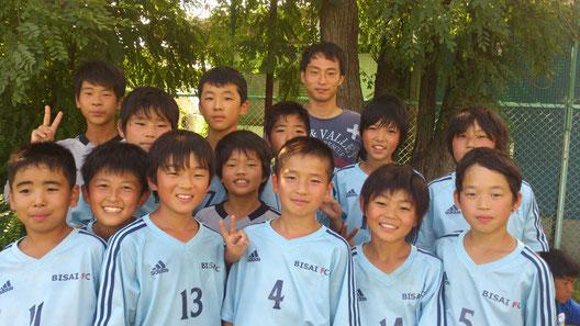 ヴァンフォーレ甲府の阿部翔平選手と記念写真 @ヴァンフォーレ八田G