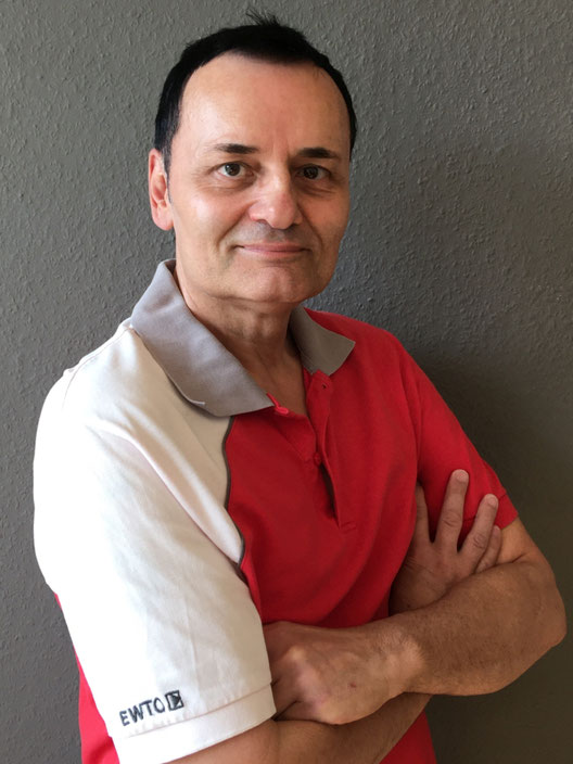 Sifu Michael Schneider