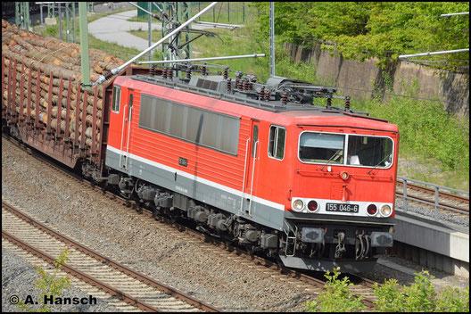 Am 21. Mai 2019 verlässt die Lok mit Holzzug den Chemnitzer Hbf. Sie ist inzwischen bei der EBS im Einsatz