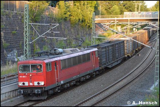 Inzwischen als 155 026-2 für die PRESS unterwegs und letztmalig in verkehrsrot (direkt nach der Leistung ging die Lok ins AW Dessau, wo sie den IntEgro Lack erhielt) sehe ich 155 211-6 am 2. Juli 2019 mit Leerkoks im Chemnitzer Stadtgebiet