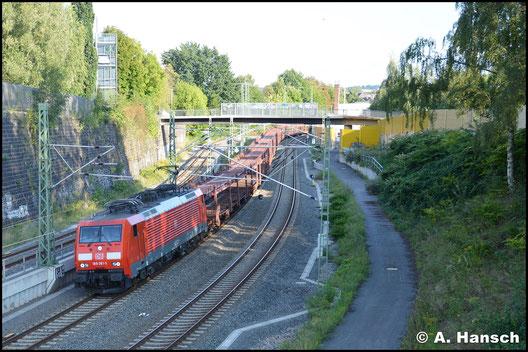 Am 4. September 2017 zieht 189 061-5 den GA 47355 durch Chemnitz. Auf Höhe Dresdner Platz entstand die Aufnahme