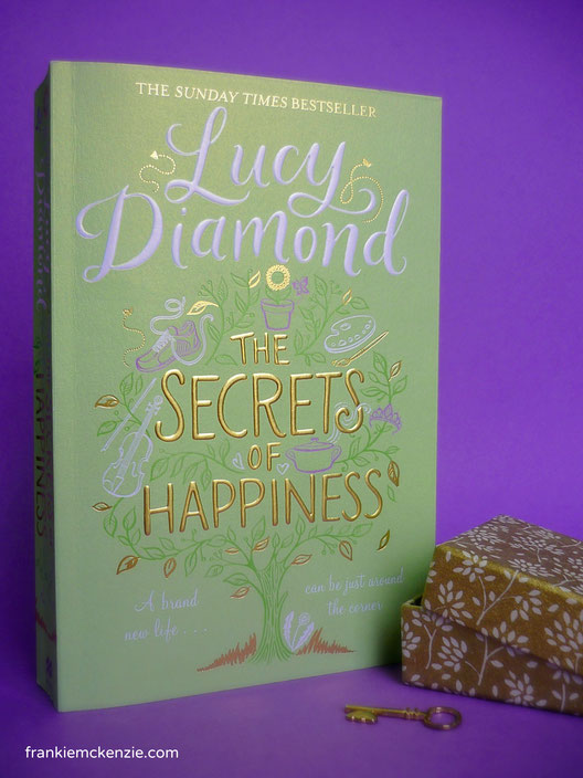 Lucy Diamond's bestseller The Secrets of Happiness