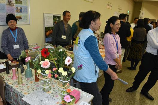 MOAインターナショナルの花育コーナー