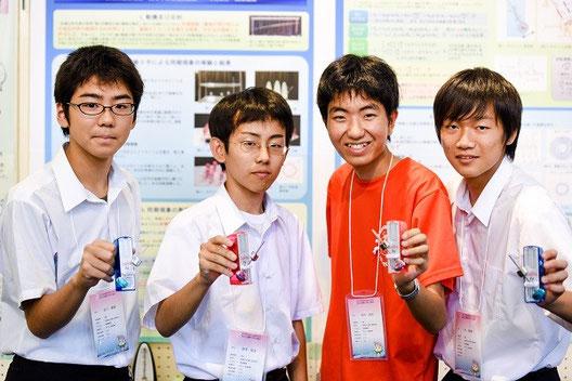 左から、石川真智くん(2年)、岡澤拓史くん(3年)、今村洋介くん(3年)、今智哉くん(2年)