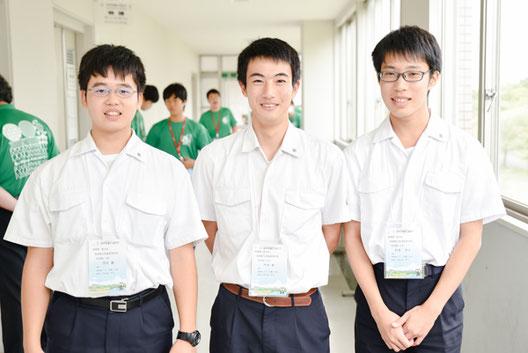 左から 吉谷翼くん(3年)、今井春くん(3年)、松添悠人くん(3年)