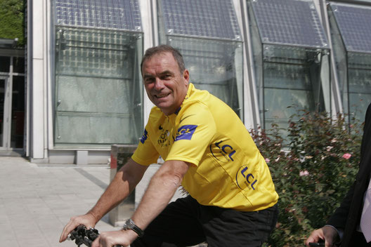 bernard hinault conference contact