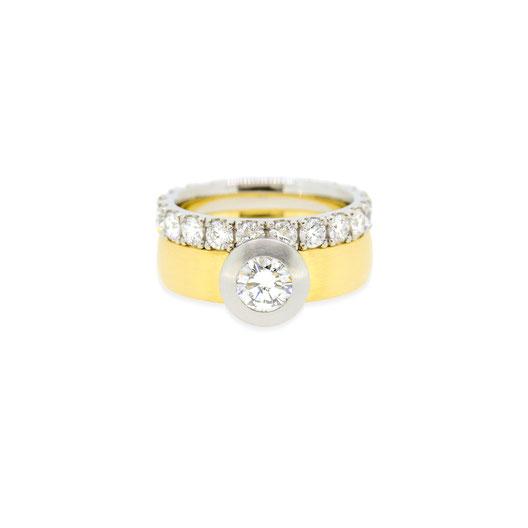 diamant-memoire-ring-solitaire-brillant-ring-gelbgold-goldschmiede-atelier-herzog-handmade-in-austria