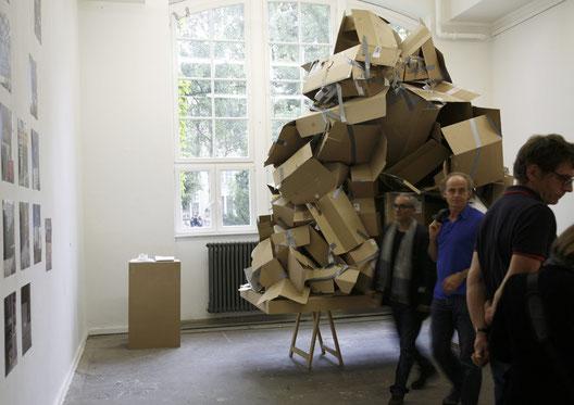 Maß der Dinge, 2012, 140 x 280 cm, Karton, Gaffa-Tape, Skizzen