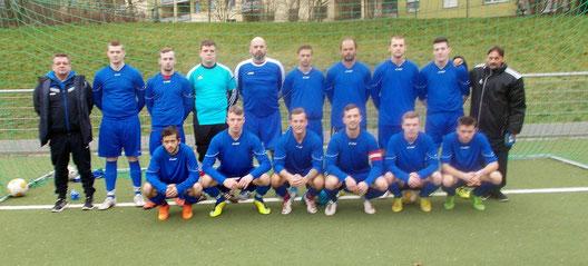 Die 1.  Mannschaft am 21.02.2016 vor dem Spiel beim SC West Köln