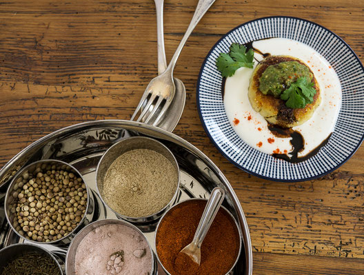 Aloo Tikki Chaat Kochstudio Bilou indischer Kochkurs München