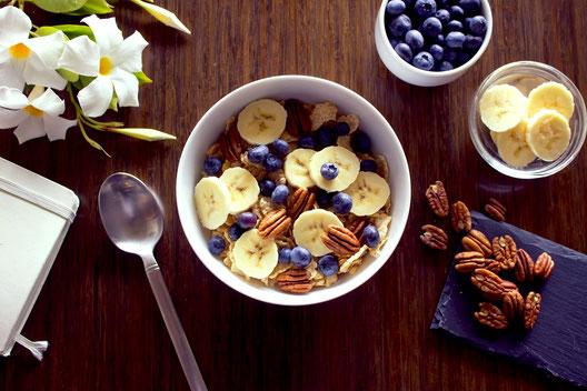 Frühstück Breakfast Müsli Banane Morgenroutine