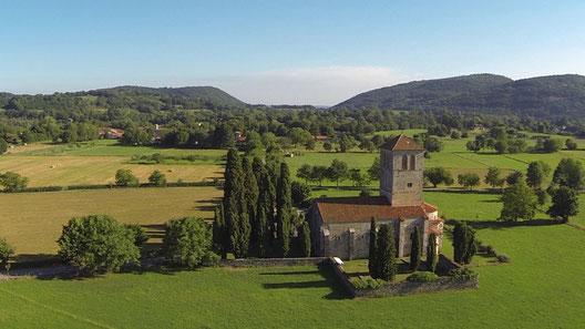 La basilique Saint-Just de Valcabrère fait partie du grand-site de la région Occitanie Pyrénées Mediterrannée Saint-Bertrand-de-Comminges Valcabrère, au cœur des Pyrénées centrales
