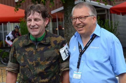 Der neue und alte Schweizermeister Adrian Schläpfer und OK Mitglied Kurt Wyss