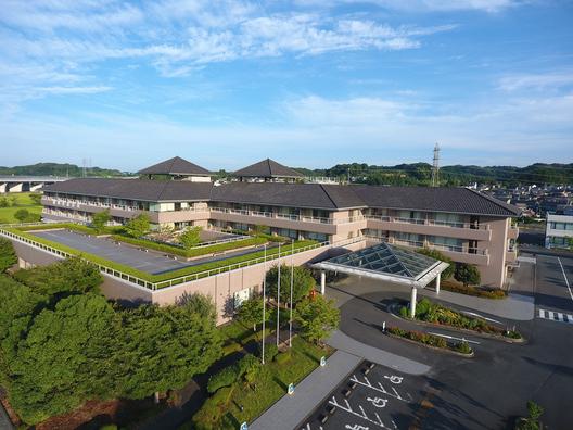 公立森町病院 病床数 131 床(一般急性期病棟 45 床、地域包括ケア病床 48 床、回復期リハビリテーション病棟 38 床)