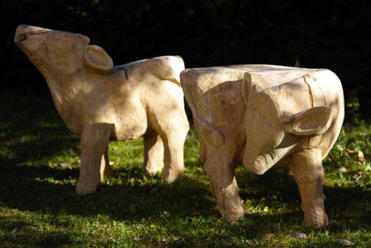 Hocker Kälber, Linde, 50cm x 37cm x 46cm, 2004