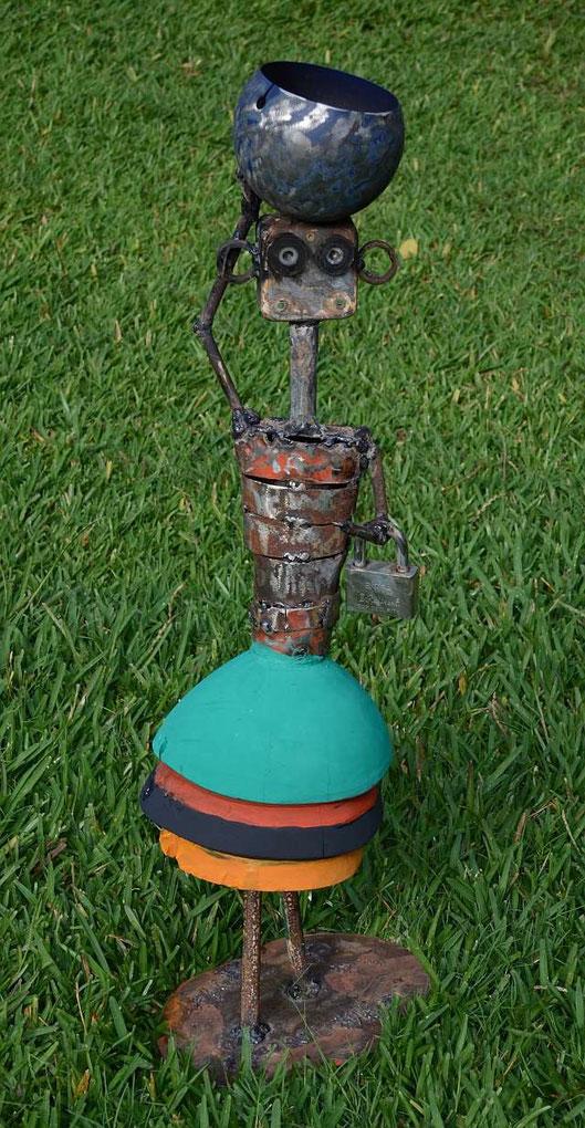 NALA in Siavonga, H:85cm x B:24cm x T:22cm, Stahl, Holz, (von Joseph Shakulipa, Lusaka / Zambia )