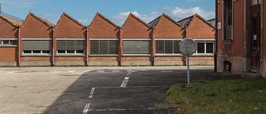 Les anciens bâtiments DMC