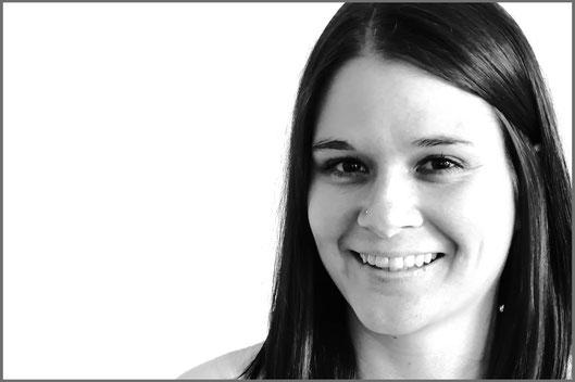 Madeline Zimmermann Heilpraktikerin angehende Osteopathin Schmerzbehandlung bei Christina Friess Studio Stuttgart