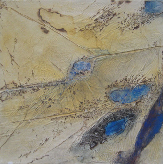 ohne Titel, 40 x 40 cm, Spachtelmasse, Pigmente, Seidenpapier