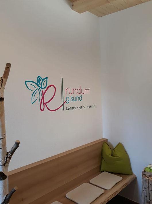 Handgemaltes Logo