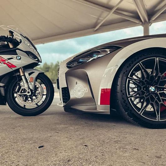 BMW S1000RR trifft auf Supersportwagen beim 100000 PS Event  am 12.10.21