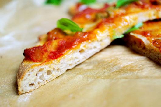 Pinsa Romana, die Ur- Pizza mit einer bunten Mehlmischung