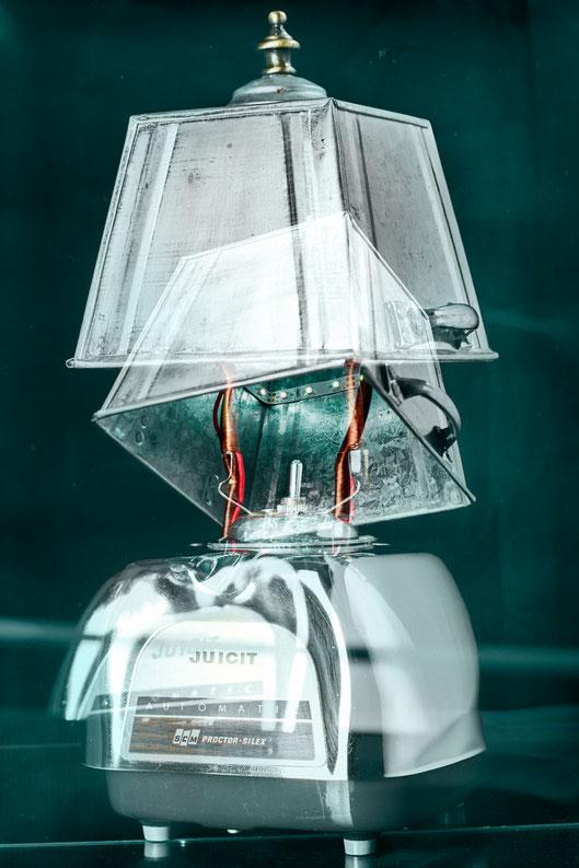 Blend'air: lampe upcycling fabriqué à partir d'un ancien mélangeur