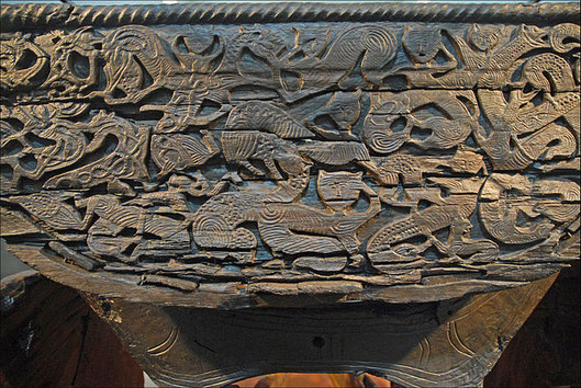 Carvings on Oseberg wagon, wikimedia