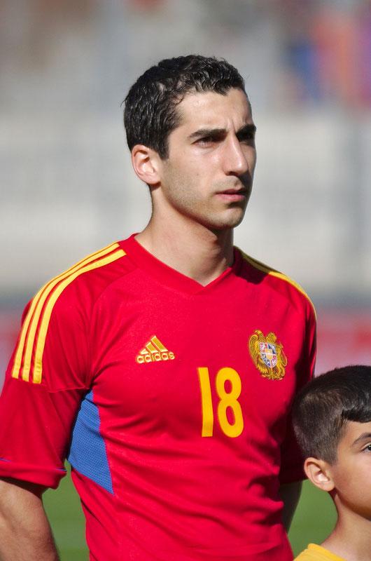 Henrikh Mkhitaryan, hier im armenischen Nationaldress ( Foto: Clément Bucco-Lechat, CC BY-SA 3.0)