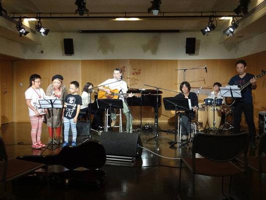 全体合唱! Photo by Yoichi