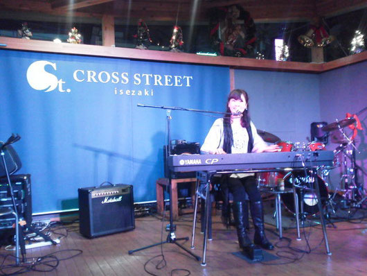 2014.11.30@CROSS STREET  Photo by Tama chan
