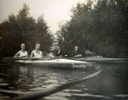 Hochwasserfahrt über Kappesfelder Anfang der 30er