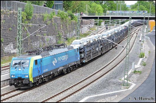 Am 12. Mai 2015 zieht 189 805-5 von PKP Cargo einen Autozug durch Chemnitz Hbf. Loks dieses Typs sind ein seltenes Bild in Chemnitz