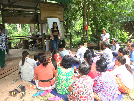 Community workshop with a vine handicraft producer in Phnom Kulen National Park in Cambodia